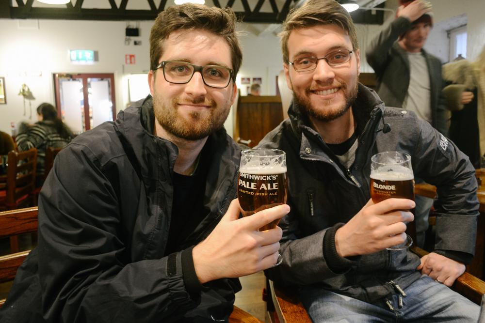 kilkenny_ireland_irlanda_dublin_castelo_smithwick_beer_friends_road_trip_viajar-13