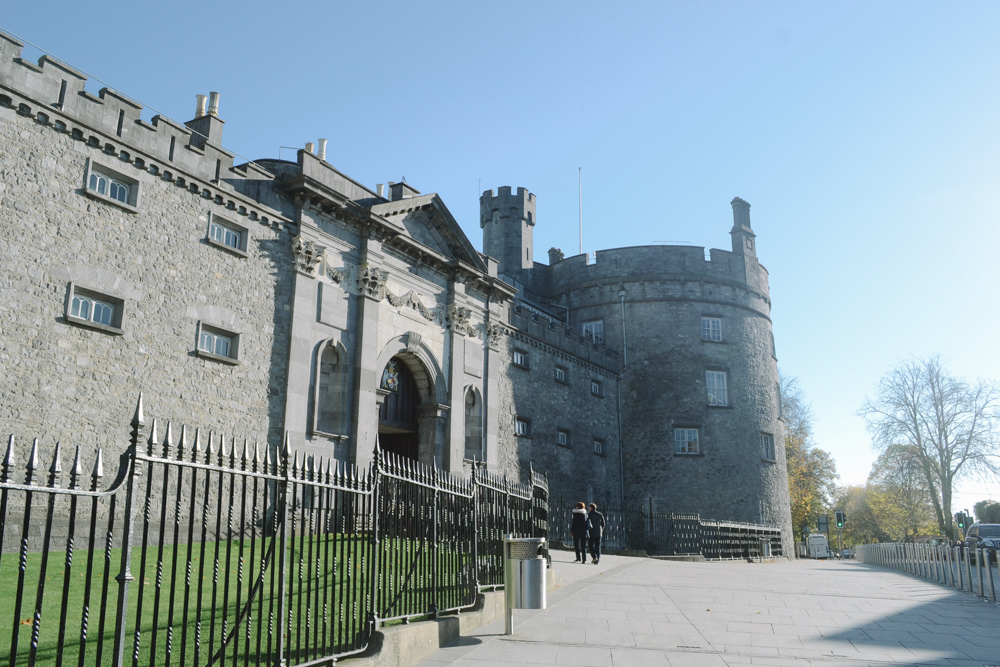 kilkenny_ireland_irlanda_dublin_castelo_smithwick_beer_friends_road_trip_viajar-37
