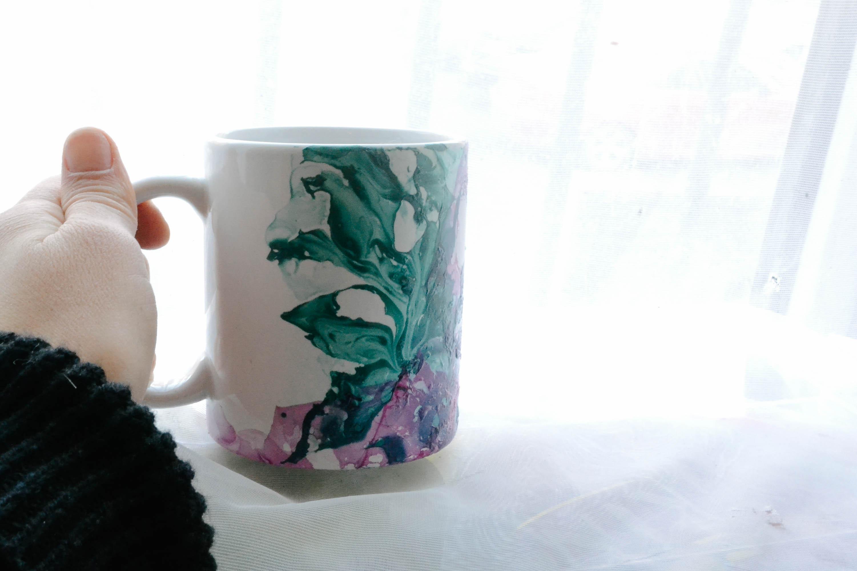 caneca-diy-mug-esmalte-facil-decorar-decorada-pinterest-4x (1)