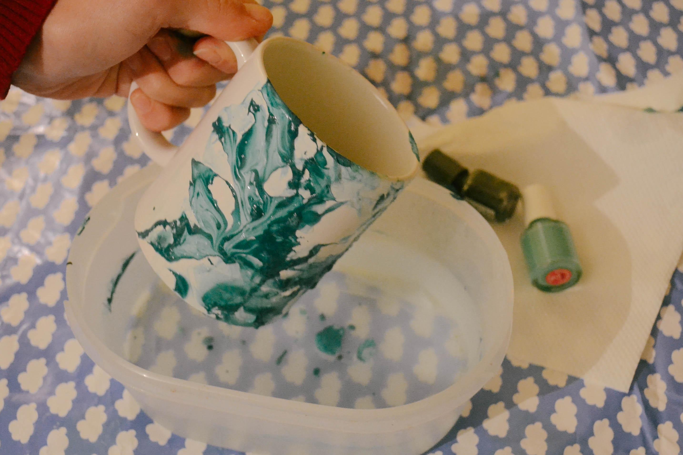 caneca-diy-mug-esmalte-facil-decorar-decorada-pinterest-6